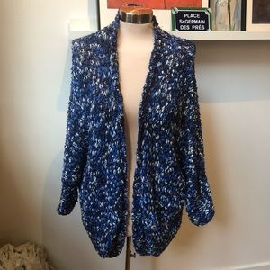 Forever 21 blue white drop sleeve cardigan small